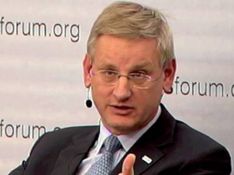 Does Russia Still Have a Cold War Mindset? - Carl Bildt