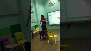 Bé học Tiếng Anh - Trải nghiệm tuyệt vời của bé