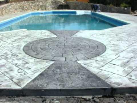 Pavimenti esterni in cemento stampato