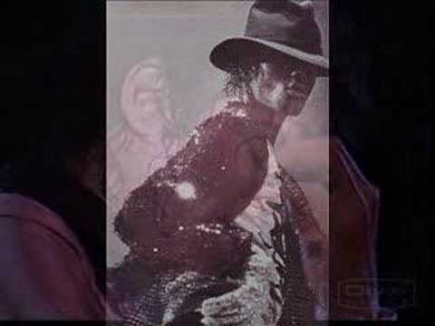 Michael Jackson - Someone in The Dark