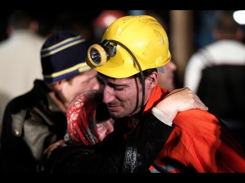Turkey mine explosion: Over 200 dead, hundreds trapped