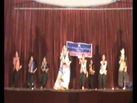 Maiya yasoda Dance by Sem.6 B.com- Annual Function 2013 Shri...