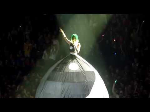 Katy Perry It Takes Two Live at the o2 Arena London Prismatic World Tour 28/05/14 HD