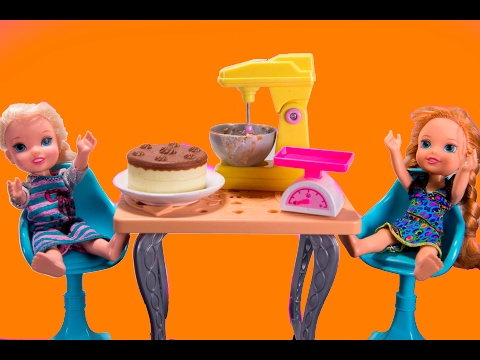 Frozen ELSA and ANNA toddlers bake shop episodes in english with Barbie, Chelsea, Miraculous