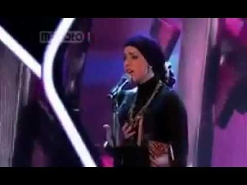 Iran's X Factor 'googoosh Music Academy' Stars Brave Married Woman Who Defies Religious video