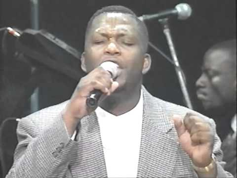 John P. Kee And Vip Mass Choir- The Presence Of The Lord video