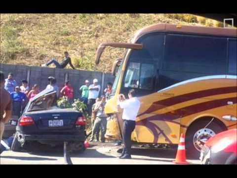 Autobús De La Original Banda LimÓn Sufre Accidente !! Integrantes A Salvo. video