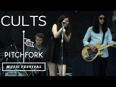 Cults perform &quot;You Know What I Mean&quot; at Pitchfork Music Festival 2012