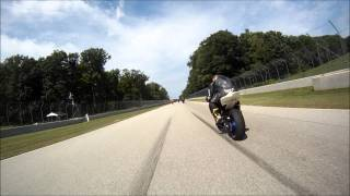 Daytona 675 vs Yamaha R1