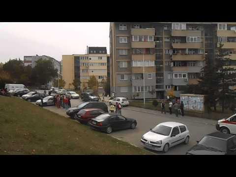Nje vajze e re tenton te vetevritet ne Prishtine - Zeri Online