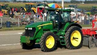 John Deere 7830 pulling St-Damase 2010 part 1