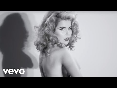 Paloma Faith - Black Blue