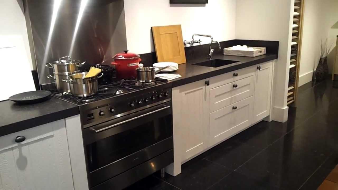 Landelijke Keuken Outlet : Eiken Showroom-keuken te koop bij Het KeukenHuys – YouTube