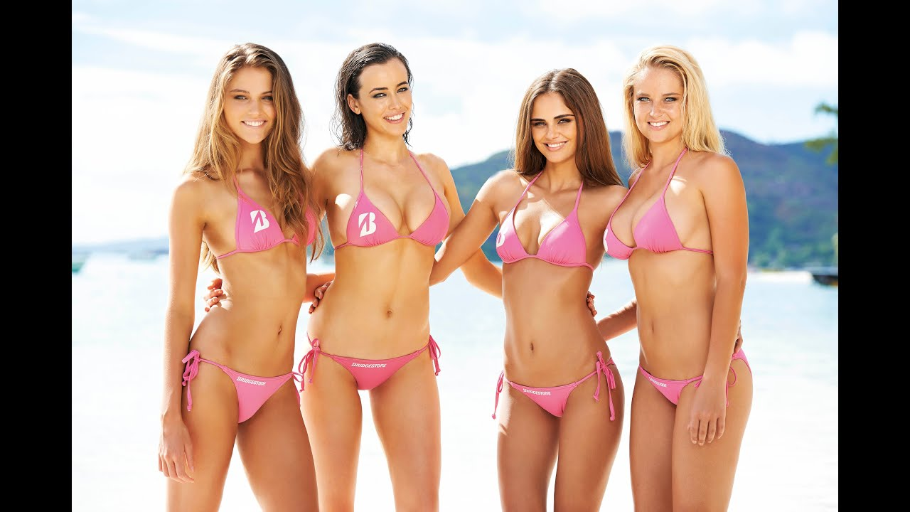 Sexy beach bunnies in bikini open a bag full of dildos for hot lesbian orgy № 831227  скачать
