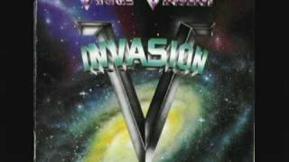 Watch Vinnie Vincent Invasion Naughty Naughty video