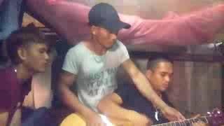 Choi dan guitar ba dao..ooffff.chuyen tinh may yahy