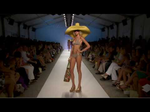 Eglantina Zingg presents the catwalk highlights of the Mercedes-Benz Fashion Week Swim in Miami