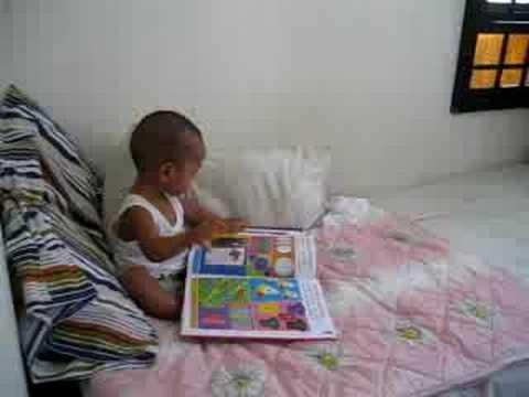aji read books