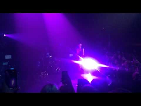 Hold Me Down - Halsey @ Park West 3/27/15