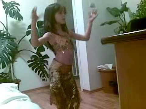 dansatoare noi1 6 ani
