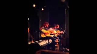 Watch Will Hoge Even If It Breaks Your Heart (Acoustic) video