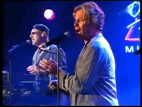 Download Another cup of coffee - Mike and the Mechanics Mp4 baru
