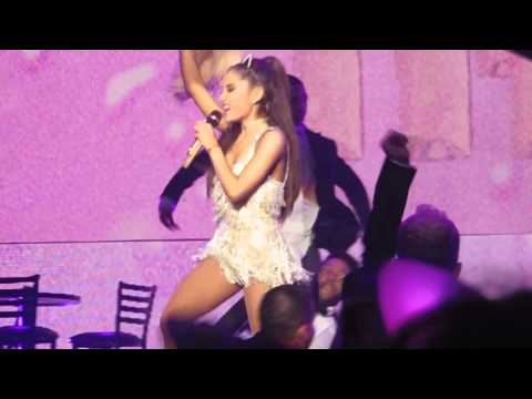 Ariana Grande - Pink Champagne The Honeymoon Tour Birmingham