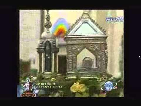 Arrivo delle reliquie di Santa Lucia in Piazza Umberto I a Erchie