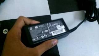 comparison between asus laptop charger and hp laptop charger
