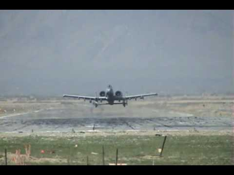 HQ: LOW-ASS A-10 FLY-BY!!