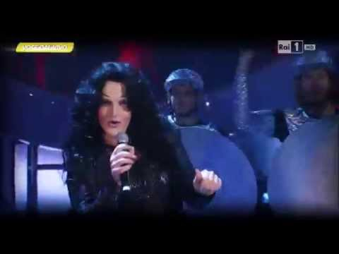 "Cher – Valerio Scanu canta ""Strong enough"" – Tale e Quale Show 21/11/2014"