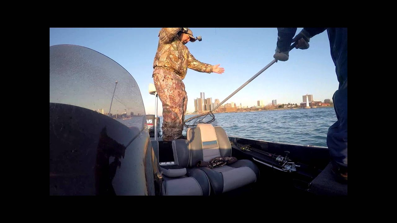 Detroit River Walleye Fishing April 26  2015