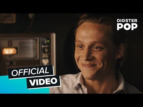Matthias Schweighöfer - Fliegen (Der Nanny Film Version)