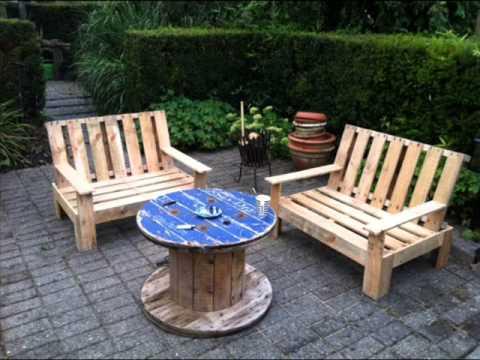 Creatief met pallets tuinmeubelen youtube - Como hacer bancos de madera ...
