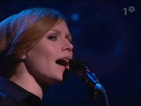 The Cardigans - Don't Blame Your Daughter (live)