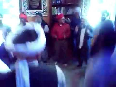 Umar Bin Khattab Ki Tarah Yay Bhi Pagal Hain Sab.mp4 video