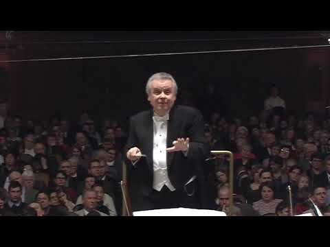 Yuri Simonov conducts