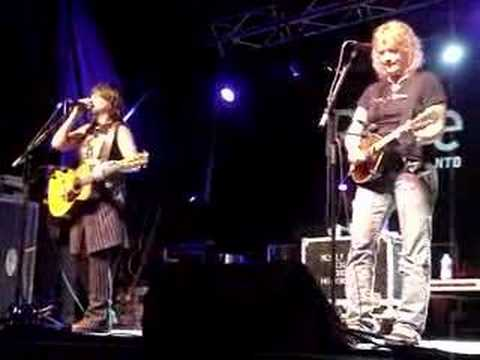 Indigo Girls: Dairy Queen, Toronto Video
