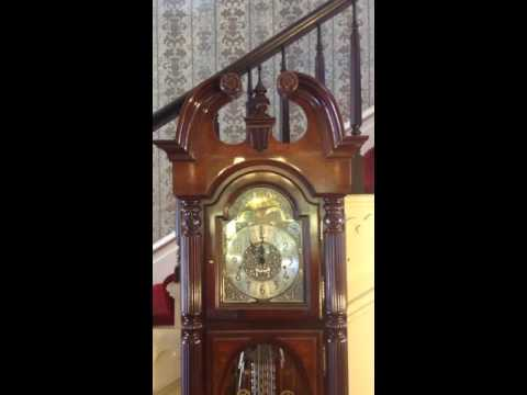 Grandfather clock chimes at 11