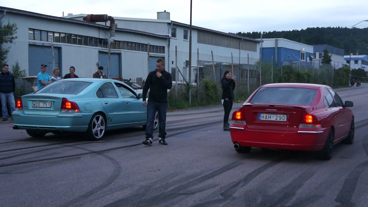 Volvo S60r Vs Volvo S60 T5 Youtube