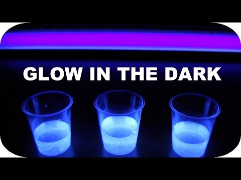 How to Make Glow in the Dark Drinks!