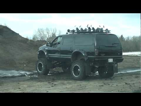 Ford Excursion Playing In The Dirt Off Road Youtube