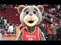 Rockets' Mascot Shows Up Dwight Howard With AMAZING Halfcourt Shot