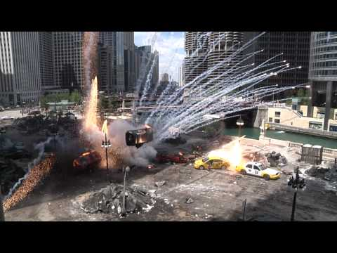 Transformers 3 Filming-- Explosions, Jumpers and Movie Stars in Downtown Chicago Music Videos