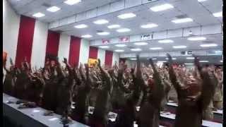 Soldados Americanos cantando Dia de Elias
