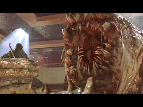 豪華遊輪遭遇神秘海上巨獸,整船人都淪爲食物!速看科幻電影《極度深寒》