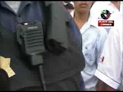 Sicarios se burlan de los policías
