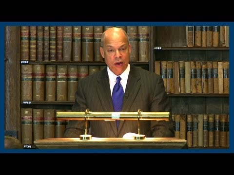 Jeh Johnson on Bradley Manning and Whistle Blower Protection | Oxford Union