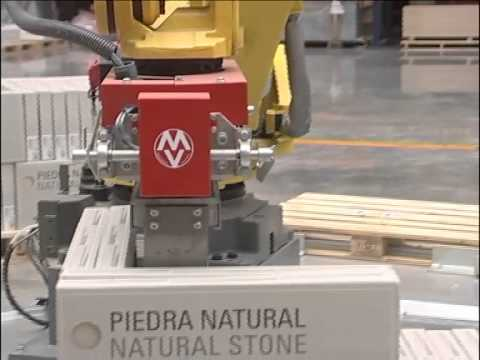 Mecanizados Villarreal. Robot paletzador de cajas.mp4