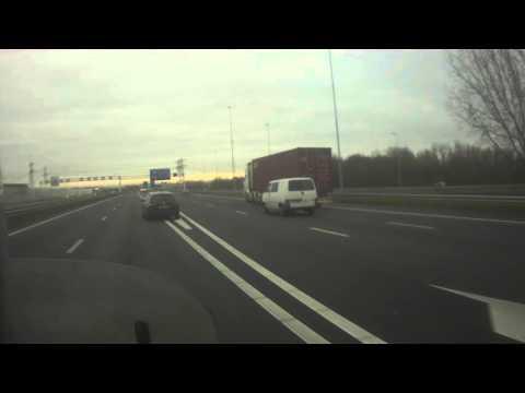 Administratie doen op de snelweg